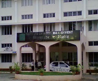 BANARSIDAS CHANDIWALA INSTITUTE OF HOTEL MANAGEMENT & CATERING TECHNOLOGY